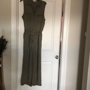 Like New (worn once) comfortable jumpsuit